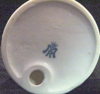 pottery mark m r crown