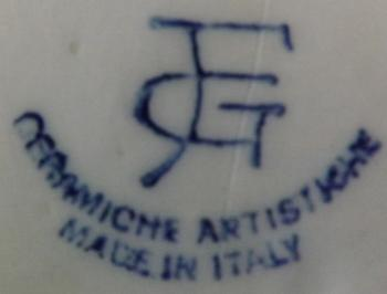 F G or G F Pottery Mark