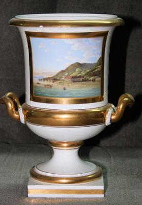 White and gold urn - front