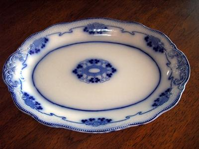 Antique China and Fine China Collectibles Query - MORTLOCKS & W.H. GRINDLEY mark on a Flow Blue Platter