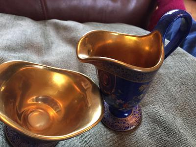 Gold inlay on inside of blue jug and sugar bowl