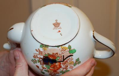 Pottery Mark Query - Teapot with Crown with Letter M above it
