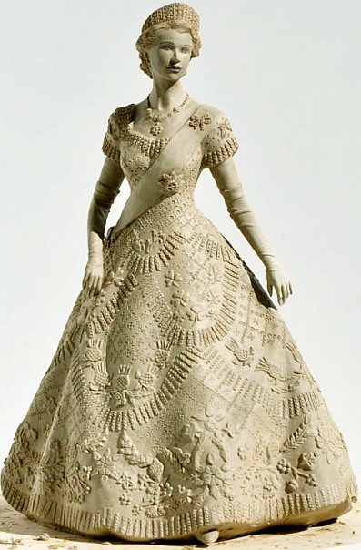 the-queens-coronation-festival dress figurine