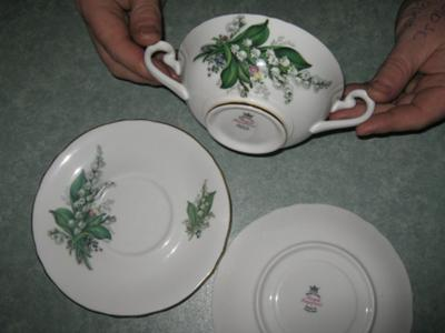 Pottery Mark - Royal Imperial F-handled Soup Plates & Saucers